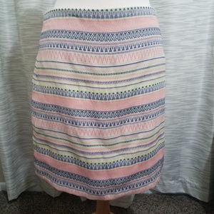 Loft aztec print mini skirt 8 form fitting striped